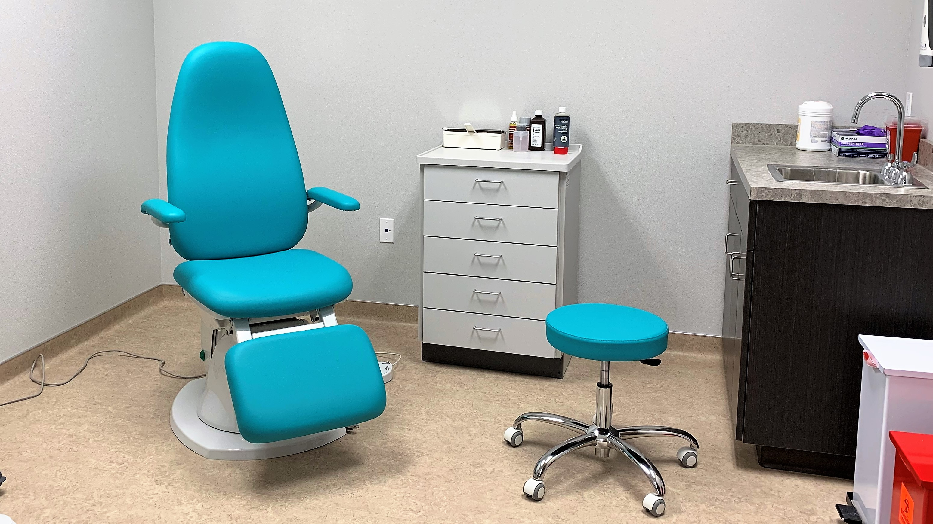 Exam Room 1 at Shoal Creek Foot & Ankle Center