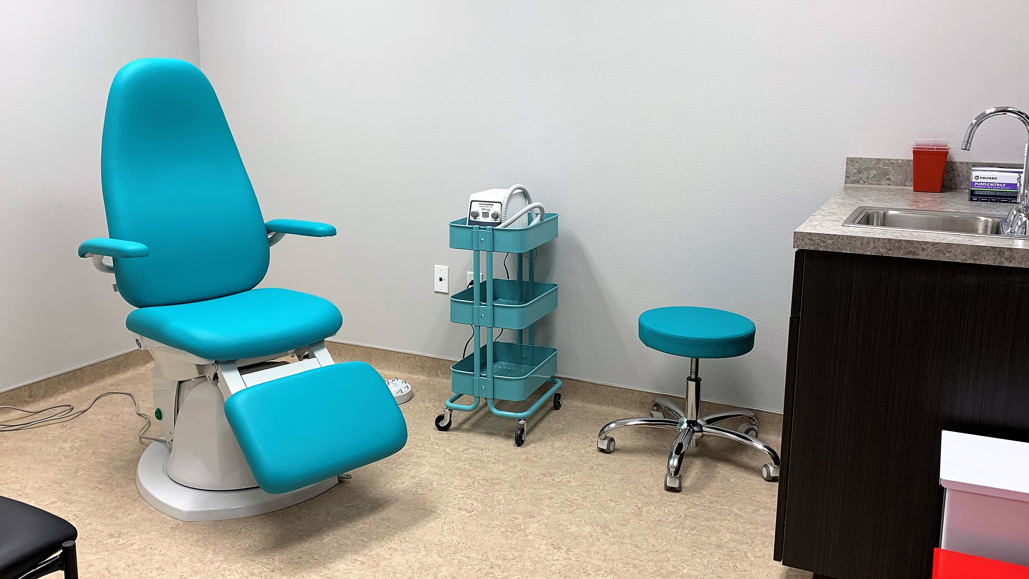 Exam Room 2 at Shoal Creek Foot & Ankle Center