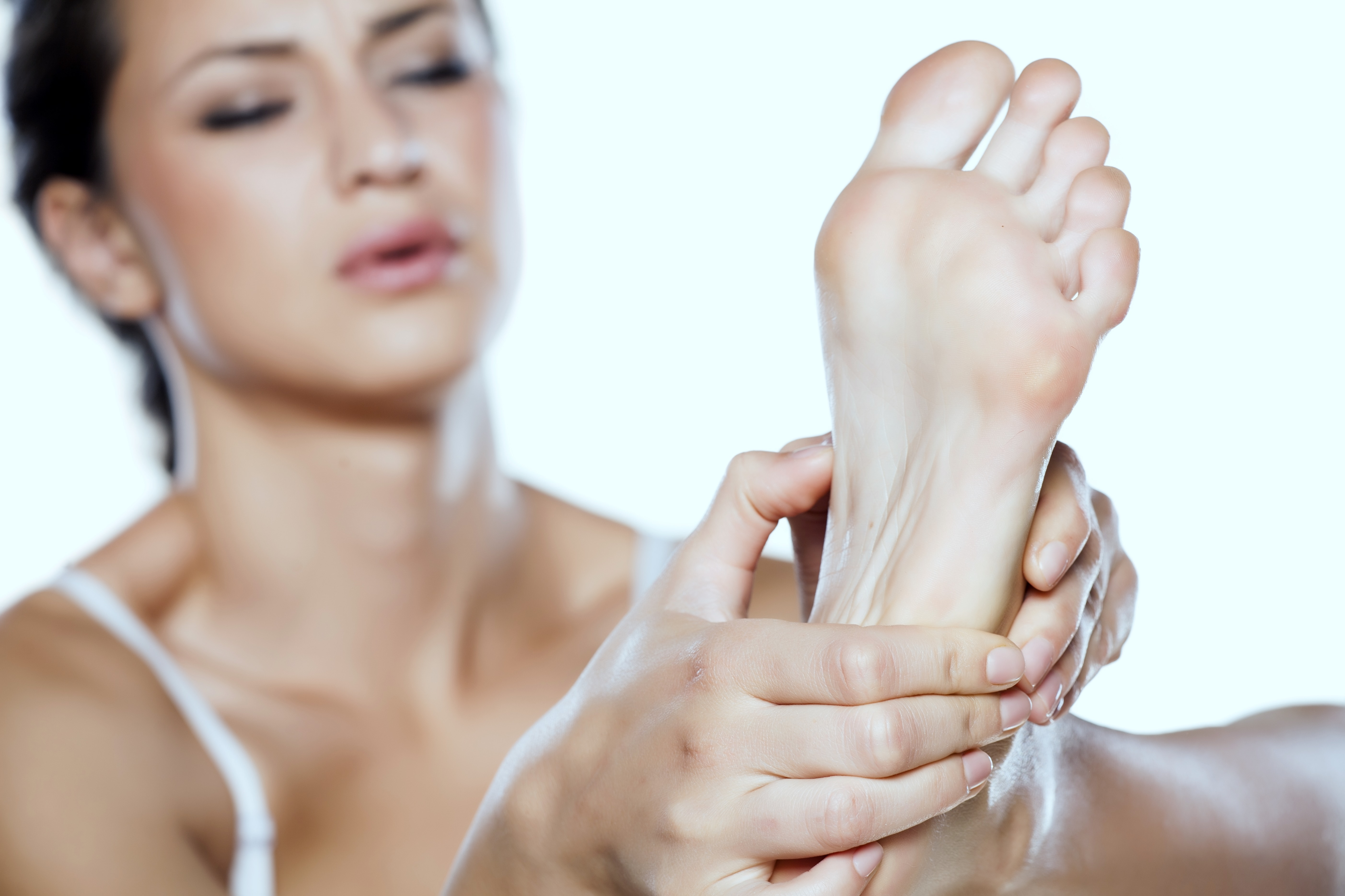 Radial Pulse Therapy (also known as Radial Shockwave Therapy) is an FDA cleared technology proven to treat chronic foot, heel, and ankle pain.